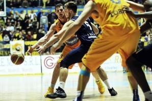 Basket: Il PalaRuffini pronto per la Gara 3 Playoff. Manital vs Biella