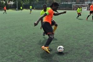 Calcio: Balon Mundial al via