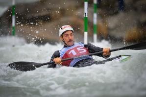 Canoa: Giovanni De Gennaro, un oro in Coppa del Mondo guardando le Olimpiadi