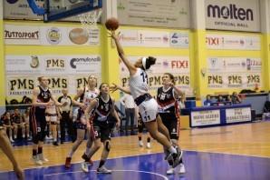 Basket: Pallacanestro Torino battuta di misura in gara 1 degli ottavi
