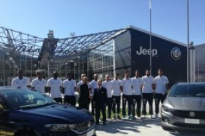 La presentazione della Fiat Torino nel giorno dell'esordio stagionale al PalaRuffini