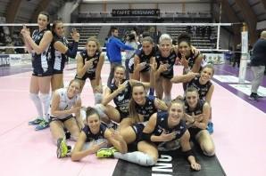 Volley: il Fenera Chieri passa anche contro Montecchio. Sconfitta al tie break per il CUS