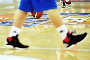 Basket: Reggio Emilia solleva la Supercoppa