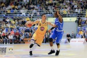 Basket: Fiat Torino bella e ispirata, Cantù si arrende