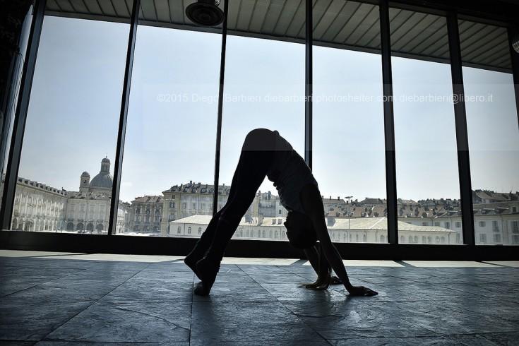 Valeria Bonalume Pole Dance