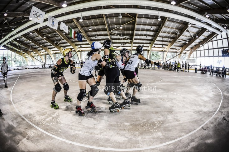 Block in Turin Roller Derby - Day 1