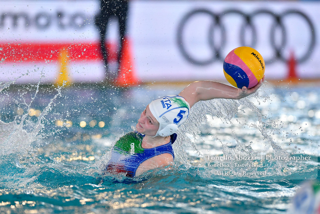 Europe Final Six  Women: Italia Vs Netherlands 17 -11