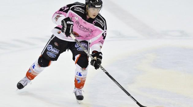 Leggi l'articolo: Hockey ghiaccio: questa sera la Valpe in campo in gara 1 di quarti Coppa Italia