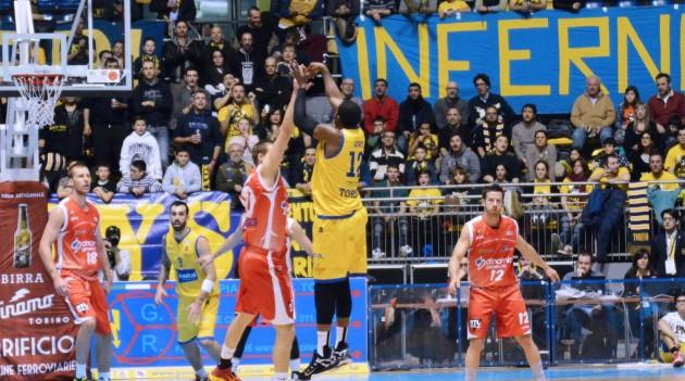 Leggi l'articolo: Basket: Mantova ha troppa grinta. La Manital cade in casa e perde l'imbattibilità del proprio parquet