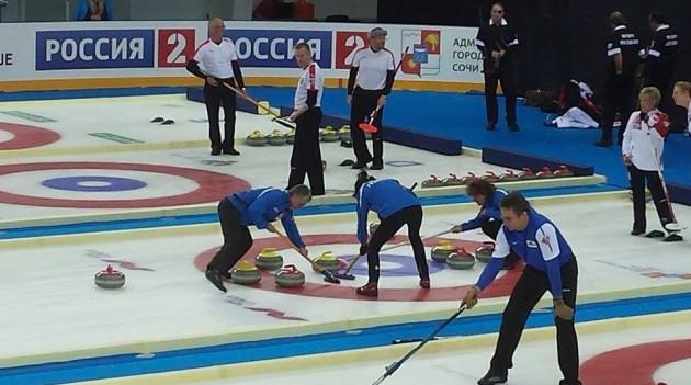Leggi l'articolo: Curling: Le draghesse di Torino infiammano i Mondiali Master di Sochi