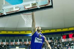Basket: 30 minuti non bastano. La Manital ko a Brescia in gara1