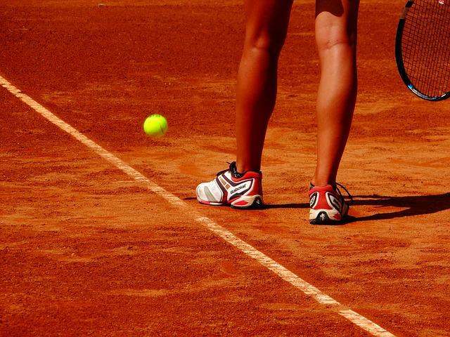Tennis: a Cuneo subito in campo le giocatrici piemontesi