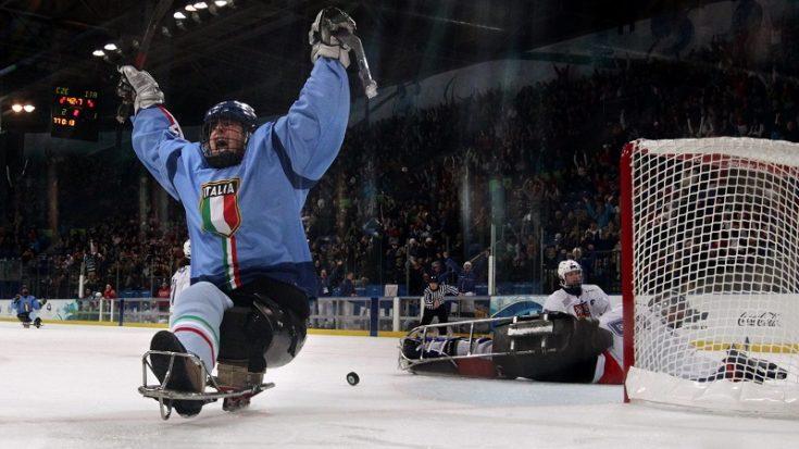 sledge hockey - Gregory Leperdi