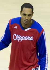 basket - Ryan Hollins