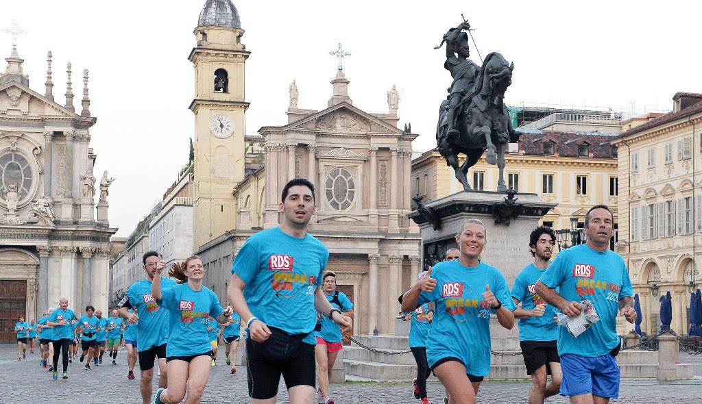 Torino corre all'alba con la RDS Breakfast Run Levissima