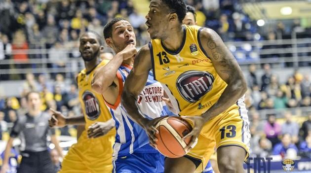 Leggi l'articolo: Basket: non basta la reazione finale, Cantù batte la Fiat Torino