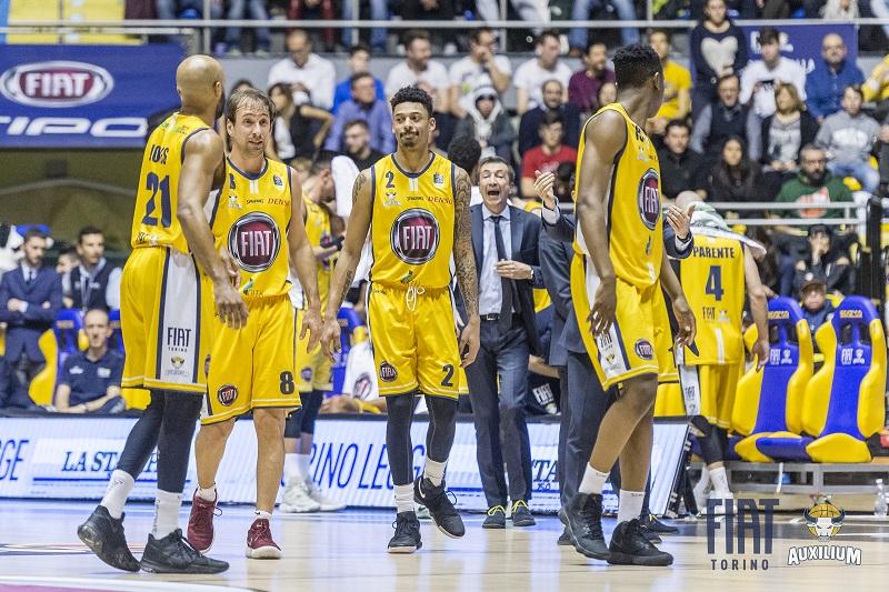 Basket: non basta un primo tempo da 58 punti, la Fiat Torino perde a San Pietroburgo